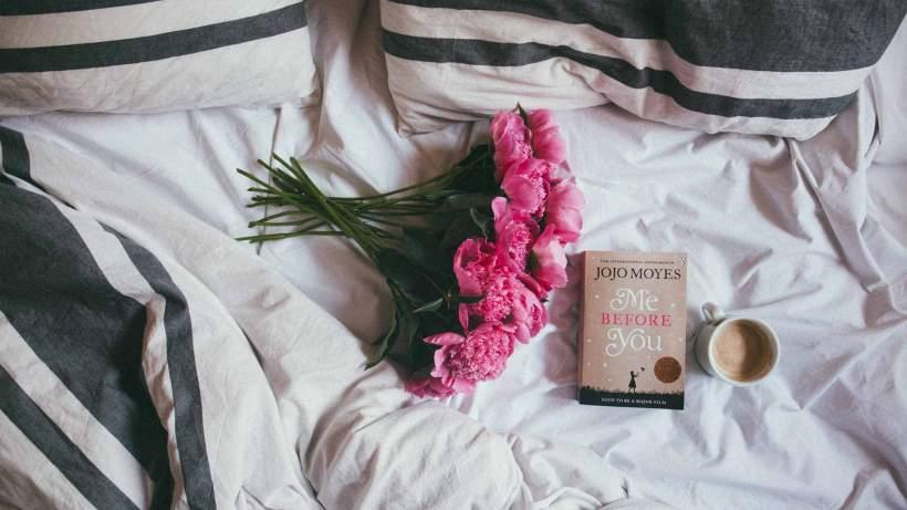 blog-12162016-bedflowersbookcoffee